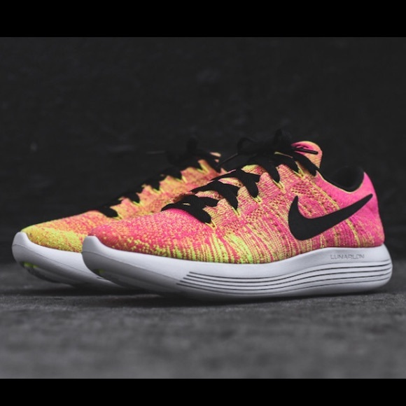 b91e4316f062 Nike Lunarepic Flyknit sneaker pink yellow neon
